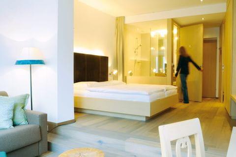 Hotel Post Traunkirchen Blick in das renovierte Doppelzimmer